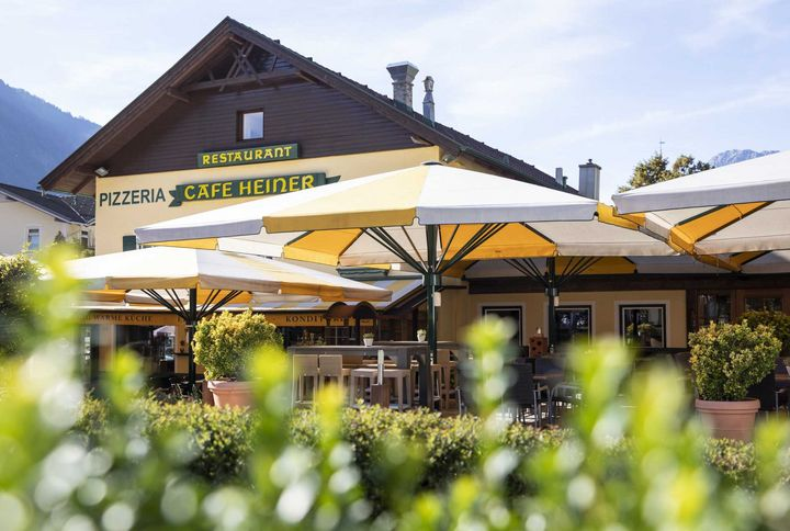 Café Oetz :: The café in the centre of Oetz, Ötztal